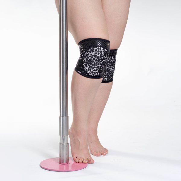 Wild Leopard Grip knee pads
