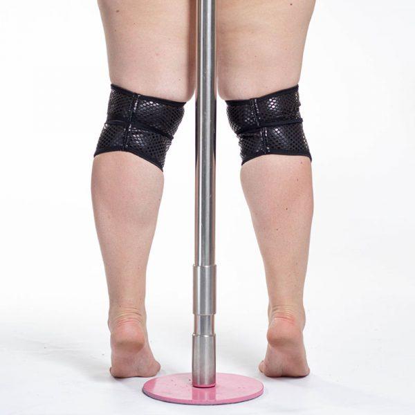 Sleek Black grippy knee pads