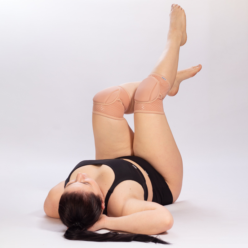 queen knee pads nude latte grip for dancing 2