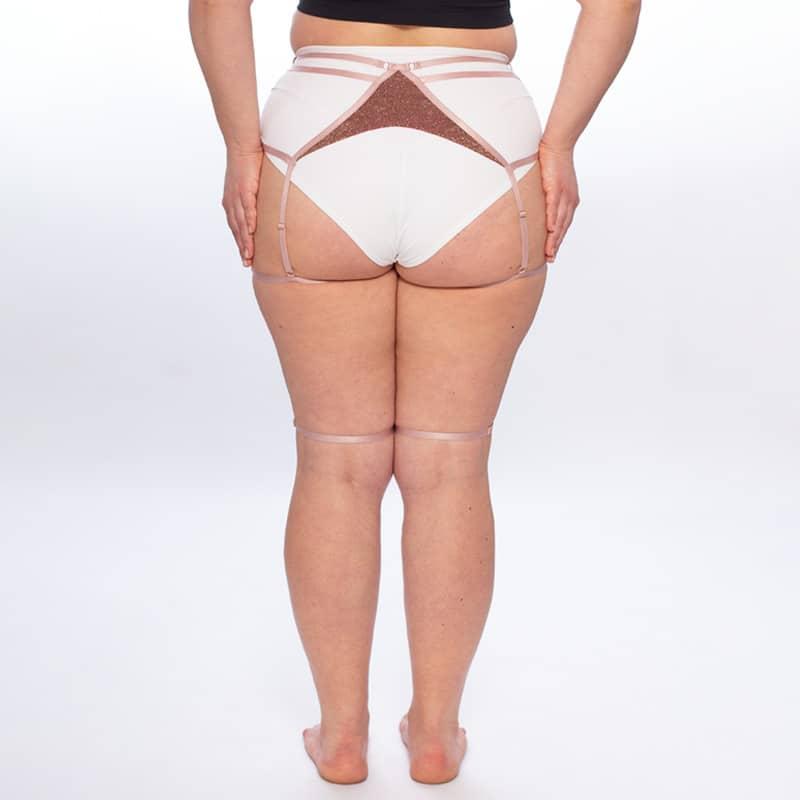 queen brand Garter belt for knee pads 2