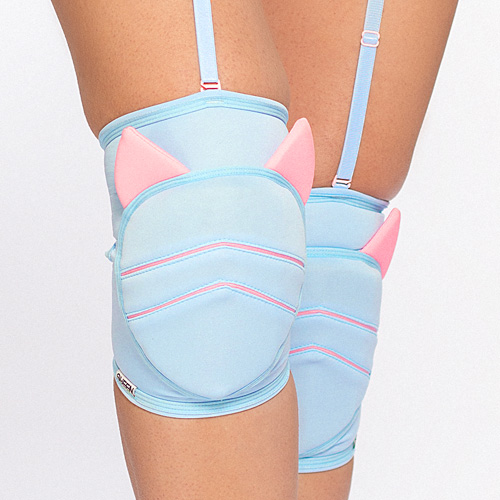 queen knee pads sweet kitty for dance 1