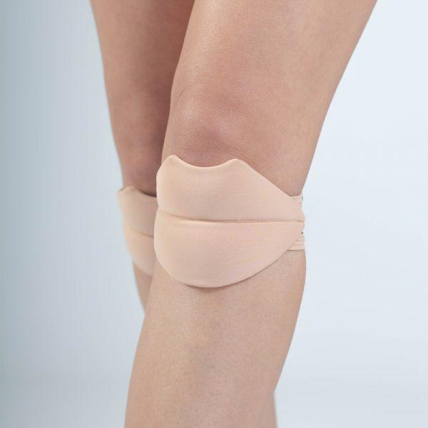 queen lips knee pads nude latte for dancing 2