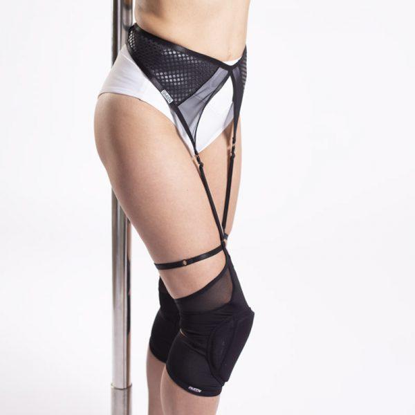 Grippy Garter Belt Queen
